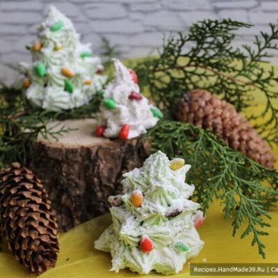 Пирожное «Картошка» из печенья и сгущёнки – фото шаг 10. Для ёлочек используйте насадку «звезда»