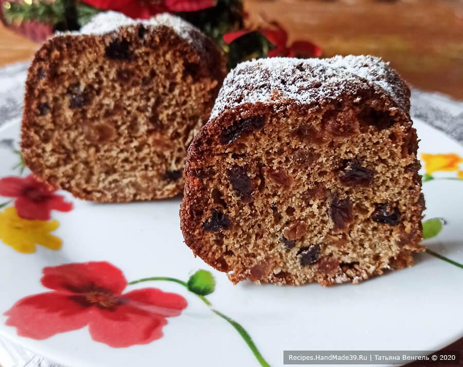 Пряный заварной кекс с изюмом на Рождество