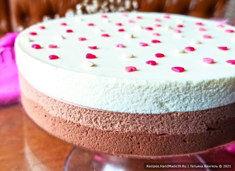 Муссовый торт «Три шоколада» – фото шаг 13. Убираем муссовый торт в холод. Приятного аппетита!