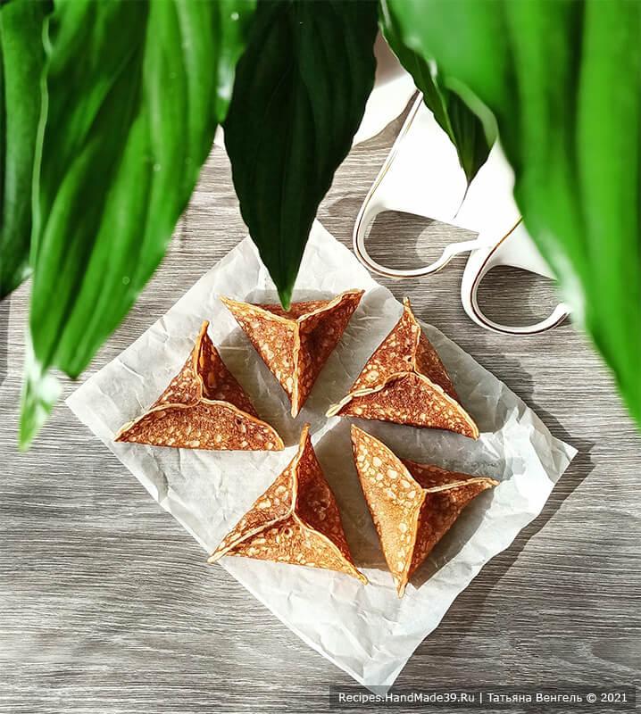 Арабские блинчики – фото шаг 9. В классическом варианте готовые блинчики выкладывают в форму и на 10 минут ставят в духовку, разогретую до температуры 200 °C. Приятного аппетита!
