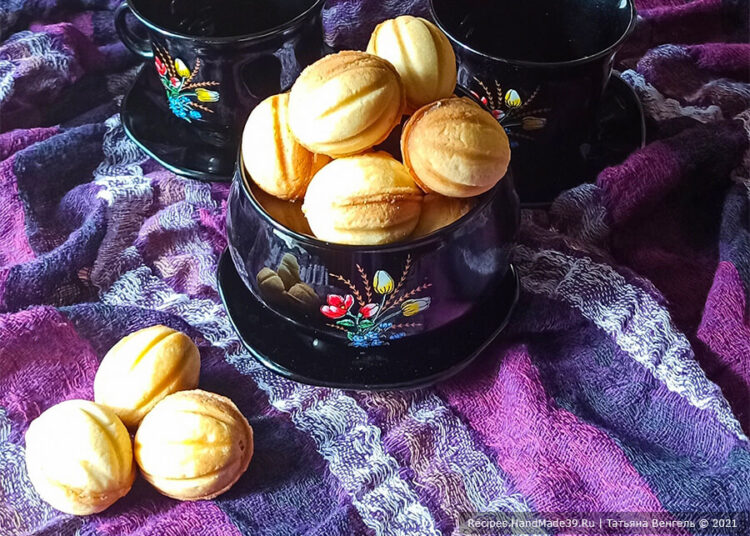 Печенье «Орешки» с заварным кремом со сгущённым молоком