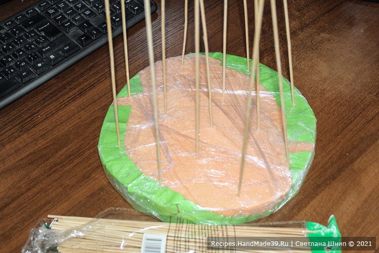 Как сделать букет из зефира – фото шаг 7