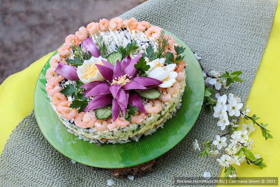 Салат с креветками, огурцом и нори «Креветочка»