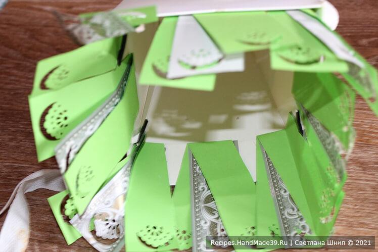 Как сделать букет из зефира в коробке – фото шаг 4