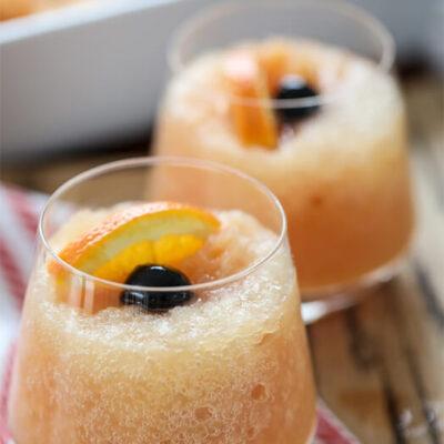 Ледяной коктейль с виски – фото шаг 9