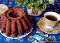 Воздушный шоколадный кекс с вишней