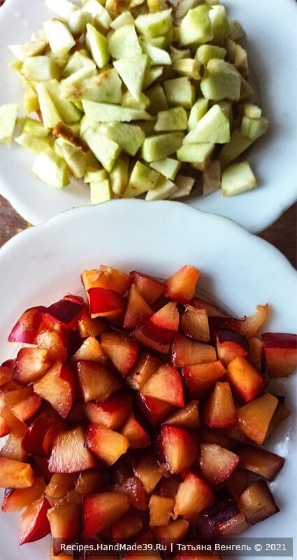 Творожный рулет с яблоками – фото шаг 5. Приготовление начинки