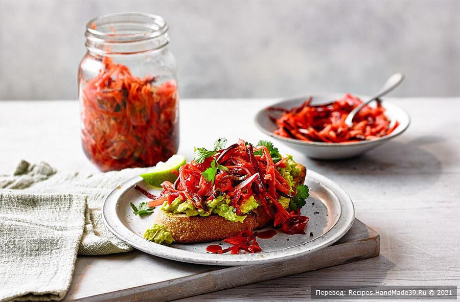 Кимчи из белокочанной капусты – фото шаг 6. Как только кимчи достигнет желаемого вкуса, оставьте его на 2 недели в холодильнике с плотно закрытой крышкой. Приятного аппетита!