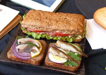 Триумф бутерброда: история появления бутерброда в России
