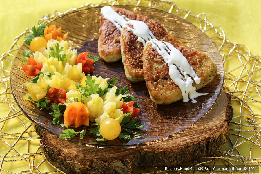 Вкусные котлеты из картофеля и кабачков с сыром