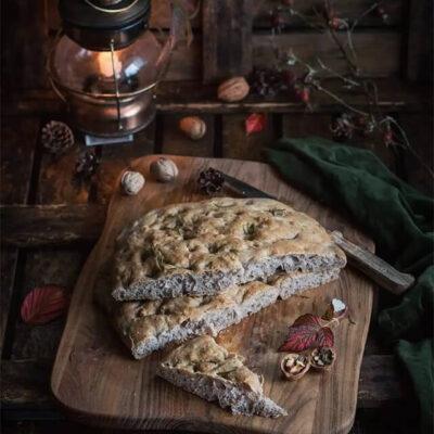Фокачча с грецкими орехами